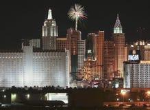 Una vista dei fuochi d'artificio del casinò di New York dall'aeroporto di McCarran Fotografia Stock Libera da Diritti