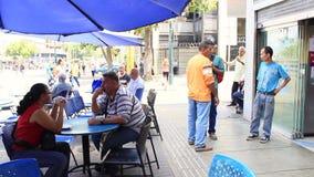 Una vista del grande bulevar de Sabana en Caracas del restaurante famoso del caf? del caf? de Gran almacen de video