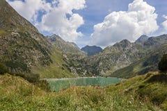 Una vista del lago artificial Barbellino, Valbondione, imágenes de archivo libres de regalías