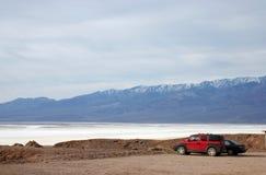 Una vista del lago di sale in Death Valley Immagine Stock