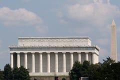 Monumento dual Imagen de archivo libre de regalías