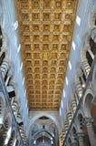 Una vista del soffitto di cattedrale a Pisa Fotografia Stock
