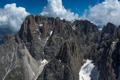 Una vista del top del Sassolungo, Italia Fotografía de archivo libre de regalías