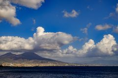 Una vista del volcán de Vesuvio fotos de archivo libres de regalías