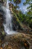 Una vista della cascata di caledonia. immagini stock
