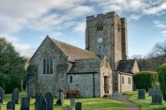 Una vista della chiesa di St Bartholomew, Barbon, Cumbria fotografia stock