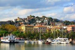 Una vista della città di La Spezia, Italia fotografie stock libere da diritti