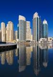 Una vista della residenza della spiaggia di Jumeirah, alla Doubai Marin Immagini Stock
