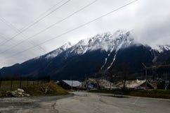 Una vista delle alpi dal fondo a Chamonix-Mont-Blanc, Francia Fotografia Stock Libera da Diritti