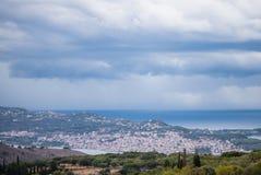 Una vista di Argostoli, una città principale se isola di Kefalonia, Grecia immagine stock libera da diritti