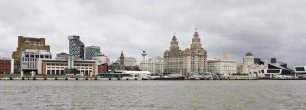 Una vista di Liverpool e del fiume della Mersey Fotografia Stock Libera da Diritti