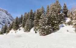 Una vista di orario invernale sul Mt Titlis in Svizzera Fotografia Stock