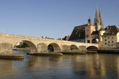 Una vista di panorama alla città tedesca Regensburg Immagini Stock Libere da Diritti
