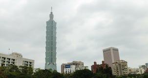 Una vista di Timelapse della torre 101 4K archivi video
