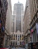 Una vista drammatica del distretto finanziario del ` s di Chicago immagine stock