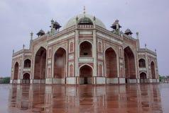 Una vista isometrica della tomba di Humayunde, a Delhi, l'India immagini stock libere da diritti
