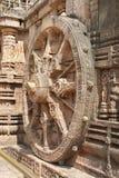 Una vista lateral de la rueda hermosa del carro, templo de Sun Imagen de archivo