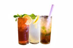Una vista laterale di rinfresco di tre bevande del ghiaccio Fotografia Stock