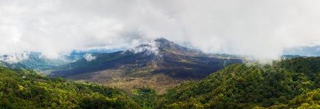 Una vista panorámica del soporte Batur en Bali a partir de 2016 Foto de archivo libre de regalías