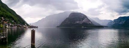 Una vista panoramica di Hallstatt fotografia stock