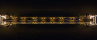 Una vista regional única del puente de cadena en la noche en Budapest, Hungría fotos de archivo libres de regalías