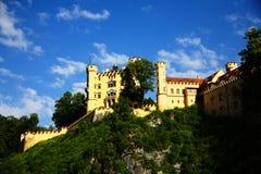 Una vista su Hohenschwangau Immagini Stock Libere da Diritti