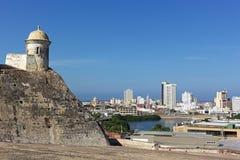 Una vista sulla vecchia città murata di Cartagine in cima di San Filipe de Barajas Castle, Colombia Fotografia Stock