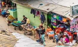 Una vista tipica in San Salvador, El Salvador immagini stock libere da diritti