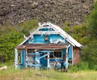 Una vivienda enrrollada en un pescado acampa en Canadá septentrional Imagen de archivo