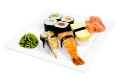Una zolla dei sushi Fotografie Stock Libere da Diritti
