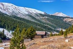 Unabhängigkeits-Geisterstadt in Colorado-Bergen stockbilder
