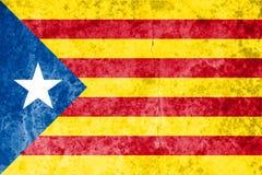 Unabhängigkeits-Katalonien-Flagge auf Steinbeschaffenheitshintergrund Stockbilder