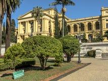 Unabhängigkeits-Park und Museu Paulista der Universität von Sao Paulo lizenzfreie stockfotografie