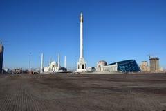 Unabhängigkeits-Spalte in Astana stockfotos