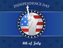 Unabhängigkeitstag mit Statuenfreiheit und -flagge vector Illustration, den Ausweis, lokalisiert auf Blau Lizenzfreie Stockbilder