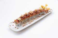 Unagi suszi: Japończyka Wraped Ryżowy Avocado i ser polewa z Piec na grillu Unagi Japońskim Słodkowodnym węgorzem, Katsuobushi i Obrazy Royalty Free
