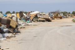 Unbeaufsichtigte Müllentsorgung Stockfoto