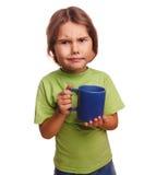 Unbefriedigtes Stirnrunzeln des kleinen Mädchens Kindergestört lizenzfreie stockfotografie