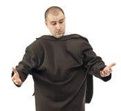 Unbeholfener Geschäftsmann mit seinem aufgehobenen Mantel Stockfoto