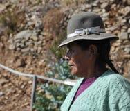 Unbekannte Frau auf der Insel des Mondes Stockfotografie
