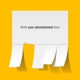 Unbelegte Reklameanzeige mit Schnittbelegen Stockfotografie