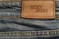 Unbelegter Jeanslederkennsatz Stockbild