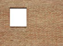 Unbelegtes Fenster auf einer Wand Stockbild