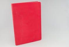 Unbelegtes rotes Buch Lizenzfreies Stockfoto