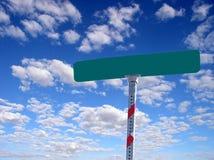 Unbelegtes Straßenschild Stockfotografie