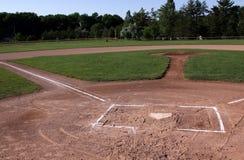 Unbesetztes Baseball-Feld Stockbilder