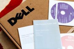 Unboxing della stazione di lavoro di Dell Computer Immagini Stock Libere da Diritti