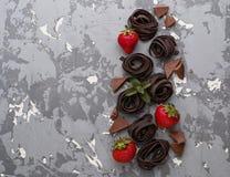 Uncooked czekoladowa truskawka i makaron Obraz Stock