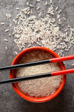 Uncooked rice in a bowl Royalty Free Stock Photography