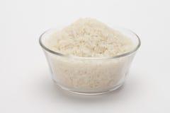 Uncooked ryż w pucharze z… obraz royalty free
